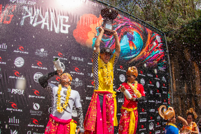 Podium del Rip Curl Cup. WSL / Nate Lawrence